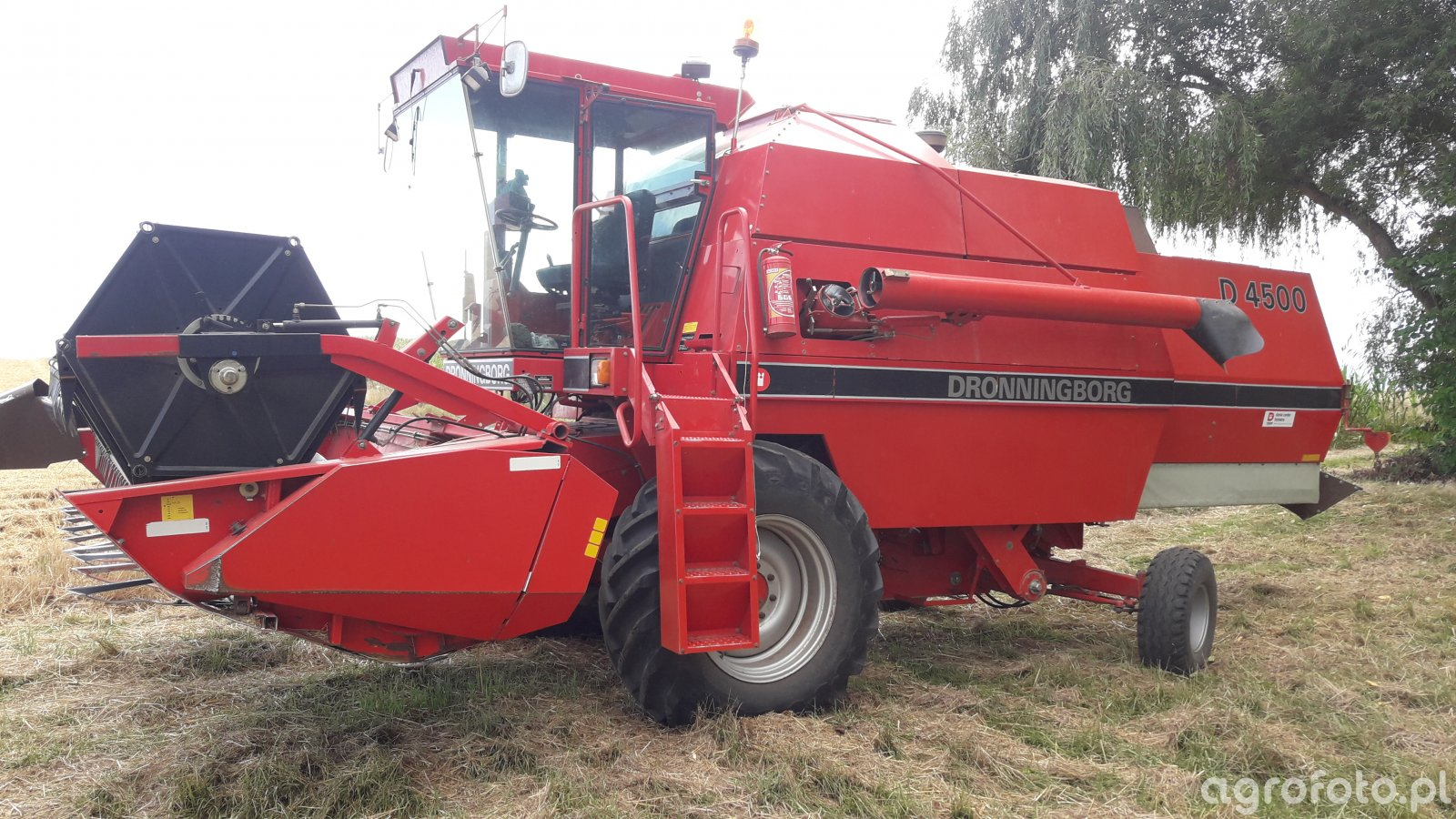 Dronningborg D4500 MF24