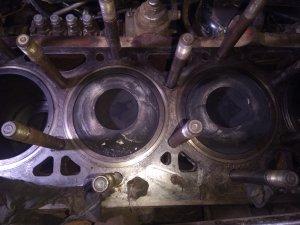 Ursus c385 turbo silnik