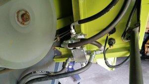 Claas Lexion 440 - doposażony w rozrzutnik plew