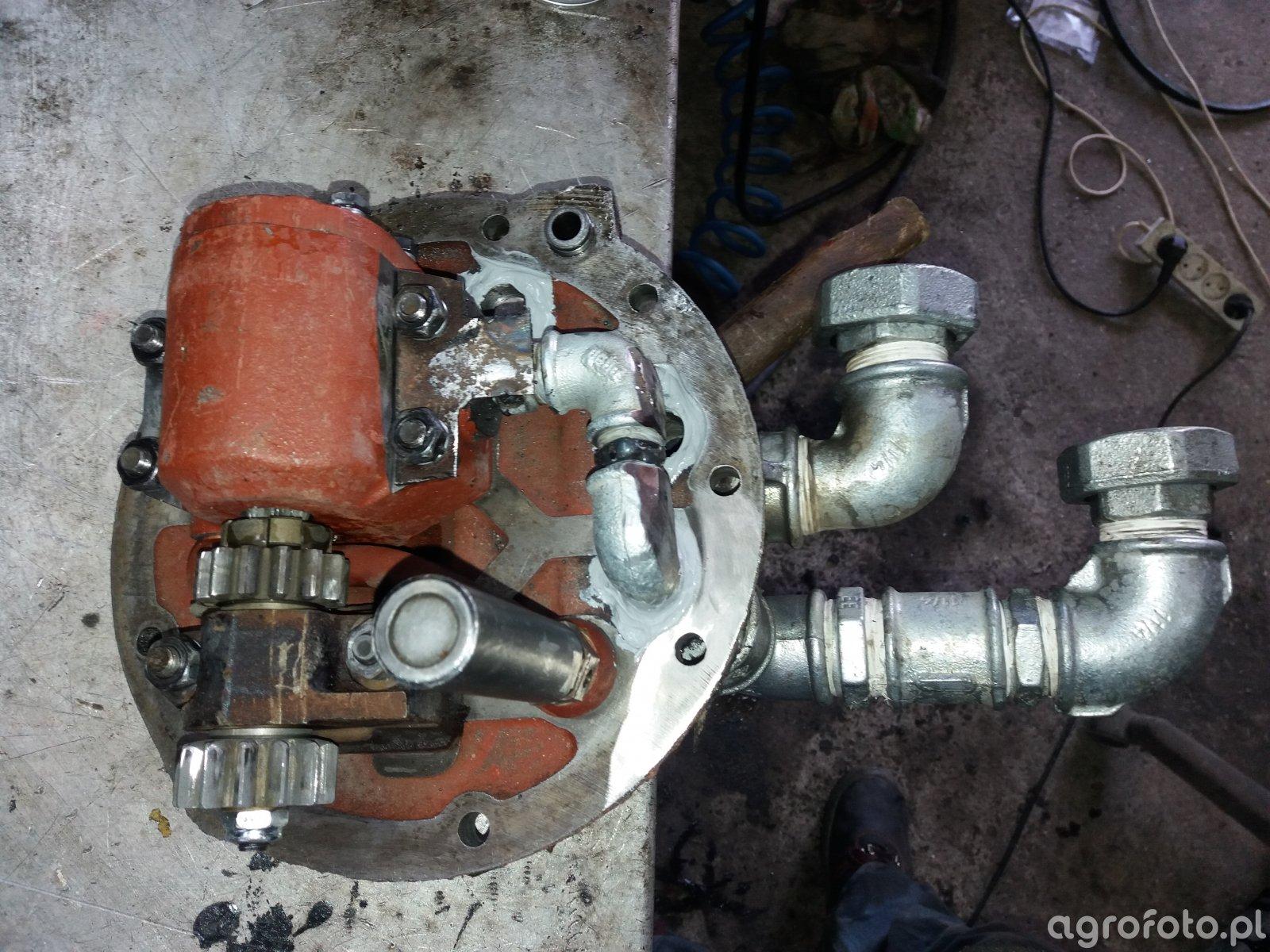 Pompa hydrauliczna-ssanie.