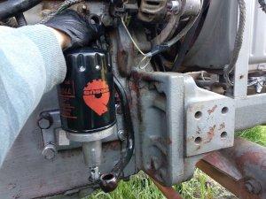 Zetor 5711 filtr oleju