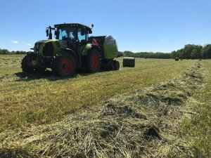 Claas Arion 630 + Variant 460RC