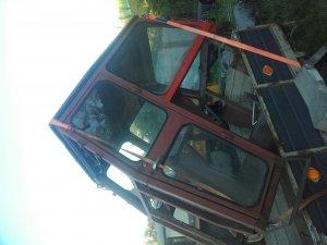 Kabina z Fergusona 255 do 60