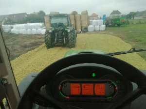Fendt 311 Vario & Deutz Fahr Agrofarm 420