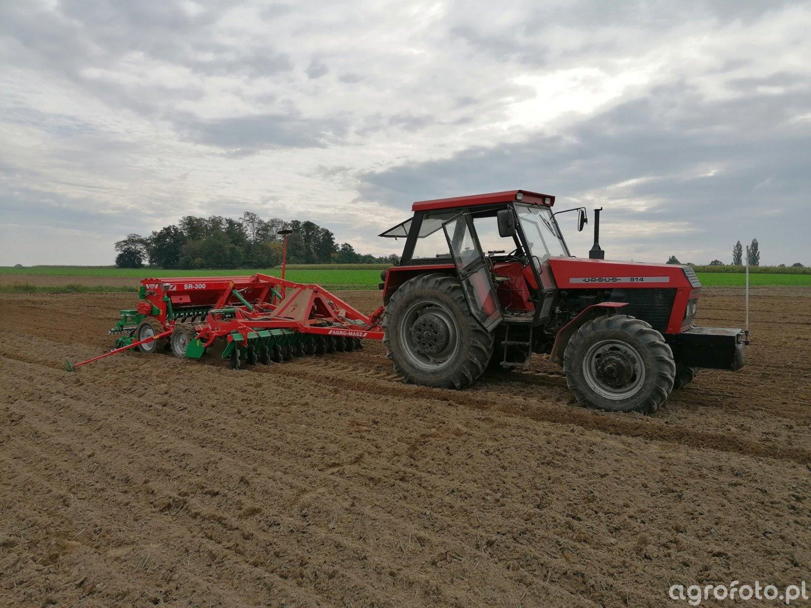 Ursus 914+Agro-Masz ATO30 & SR300
