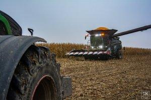 Fendt Ideal 9T & przystawka do kukurydzy