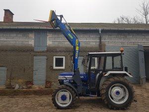 Farmtrac 6050 DT + TUR 4