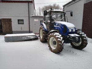 Farmtrac 675DT + Famarol Alka 2.45