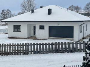 Garaż i dom