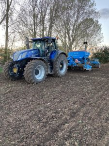New Holland T7 315 bluepower+ lemken soiltair 9
