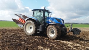 New Holland T7 165s + Kuhn Multimaster 113