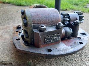 Oryginalna pompa hydrauliczna c-360 z 1983r