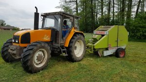 Renault Ceres 95x & Claas Rollant 44