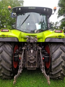 Claas Arion 640 cmatic