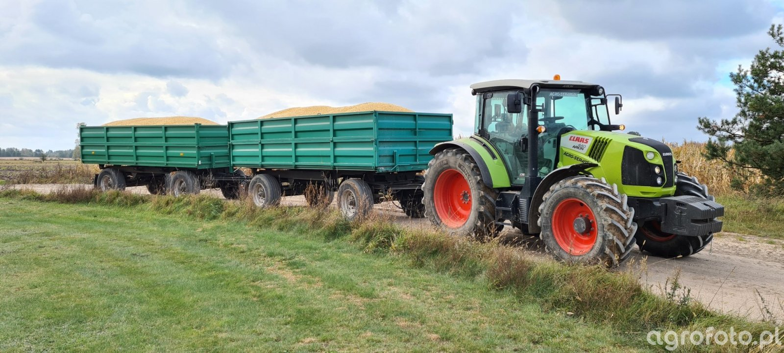 Claas Arion 440 + 2 x HL